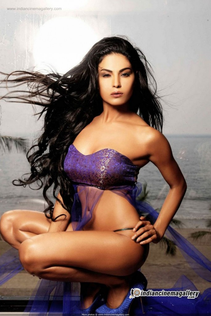 Veena Malik hot photo shoot stills 17_03_2013 _11_