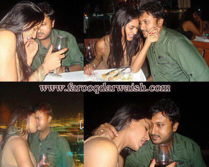 Veena Malik with Indian Dirctor of Mumbai 128 km