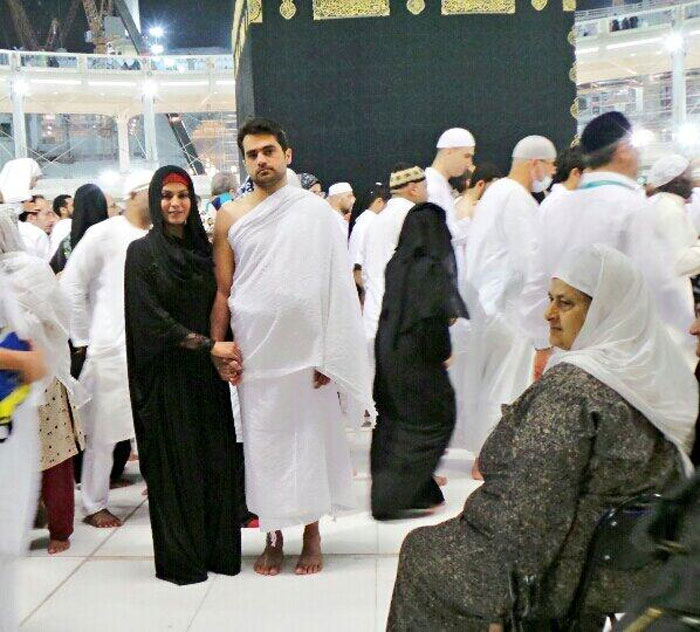 veena malik performed umra with husband asad bashir khattak khan
