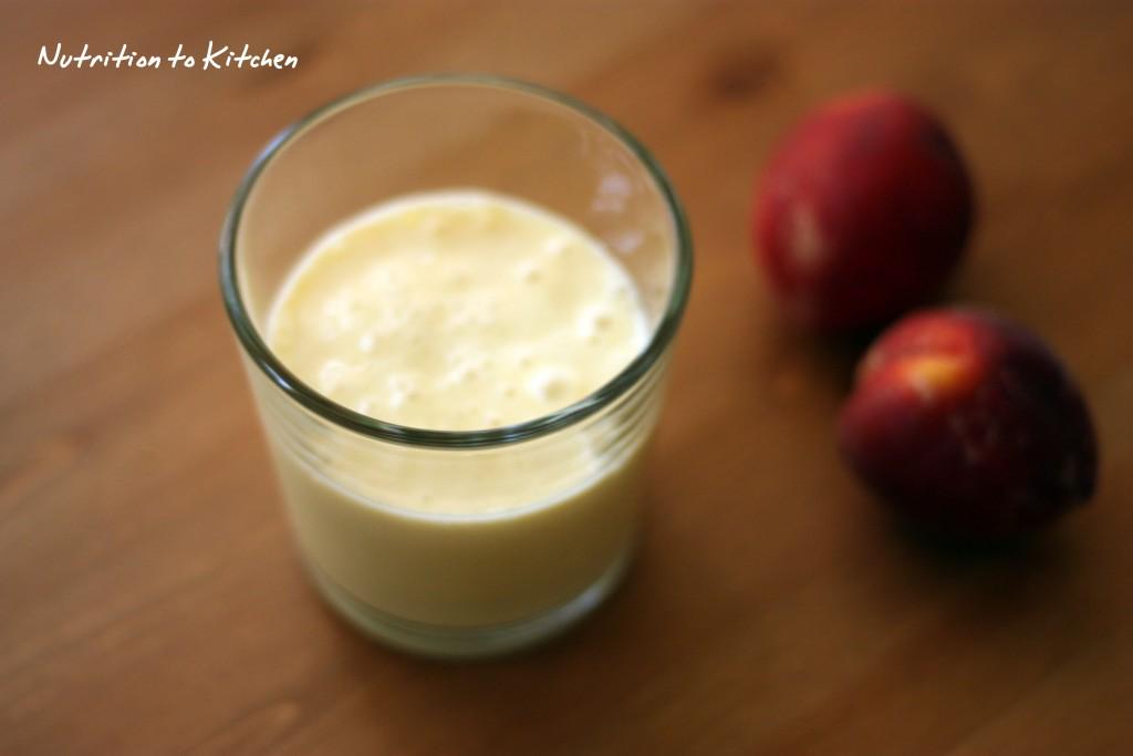 Peach & Banana smoothie
