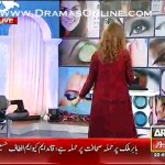 Sanam Baloch and actress Bineeta dancing on eye to eye song in a live morning show