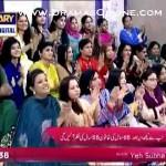 Makeup Artist Waqar Ne 65 Saal Ki Khatoon Ko Live Morning Show Pe 55 Saal Ka Bana Dala