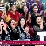 Nida Yasir K Show Pe 1 Tharki Aunty Agayi Jo Ate Sath Nachne Lagi Or Ankhein Matkane Lagi