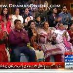 Sahir Lodhi Ne Apne Show Pe Ayi Vi Guest Ka Mobile Gusse Me Cheen Kar Phenk Dala